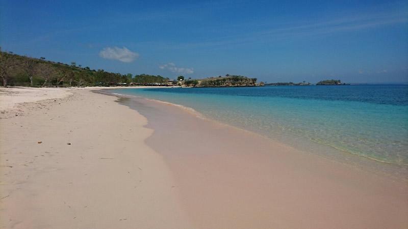 ロンボク島のピンクビーチ・子連れ旅行