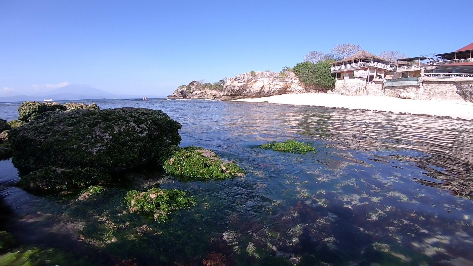 レンボンガン島のかわいい隠れ家風ヴィラ【サンヒャンベイヴィラズ】
